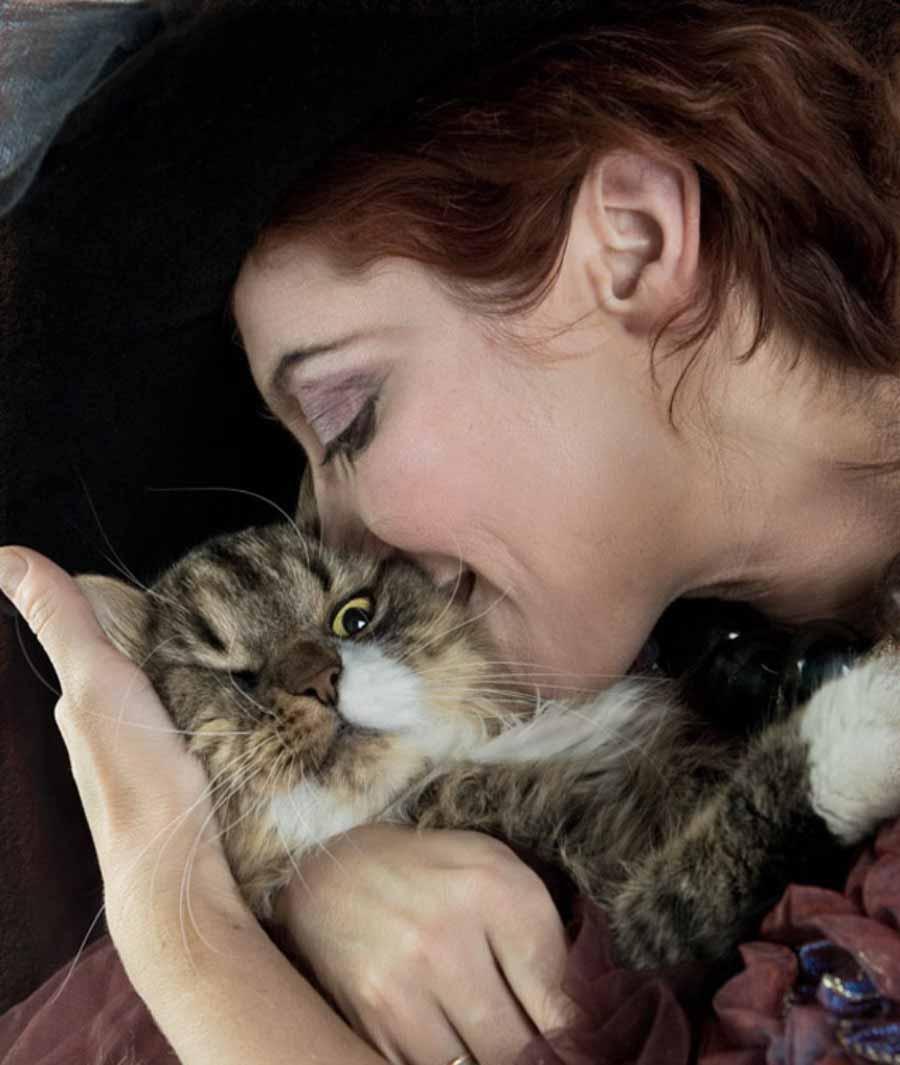 Привязанность кошки к хозяину